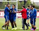 Leroy Fer en Renato Tapia (R) tijdens de training van Feyenoord.