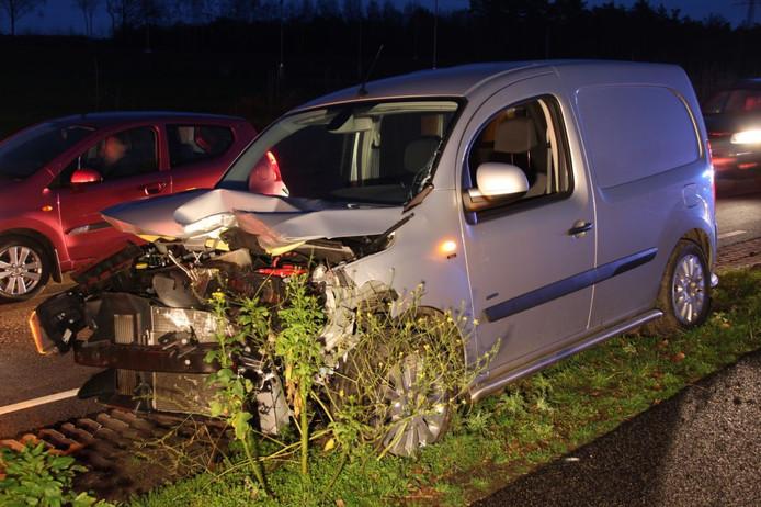 Een ongeluk op de N35 tussen Nijverdal en Haarle.
