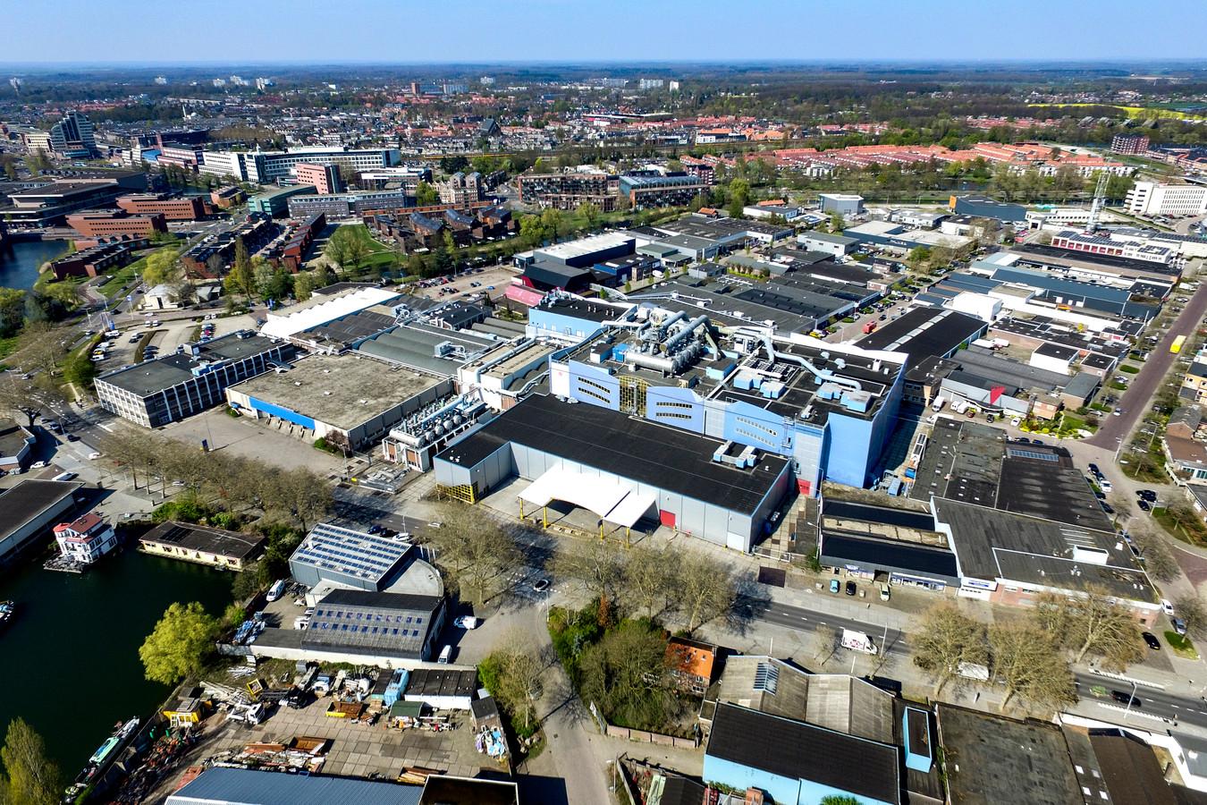 Foto archief. Het complex van Roto Smeets in Deventer. Daarvoor moet nu een koper komen.
