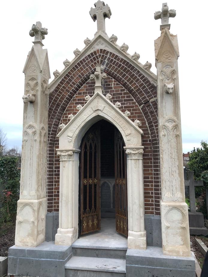 Heel wat ongebruikte grafmonumenten zijn historische parels.