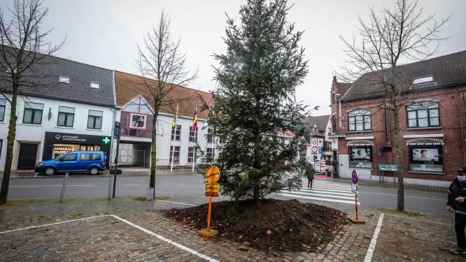 Zo wordt eindejaar toch sfeervol in Jabbeke: lichtshow op kerken én 'kaars' voor elk gezin