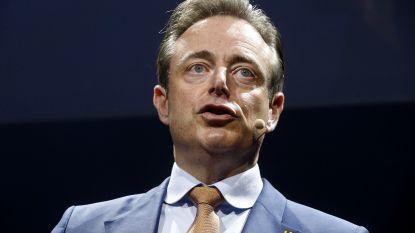 """De Wever ontkent dat N-VA achter lekken over Tom Meeuws zit: """"Alsof je geflitst wordt en kwaad bent op de flitspaal"""""""
