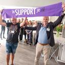 Danny Dingemanse (links) en wethouder Cees Lodder openen de campagne Ik support je.