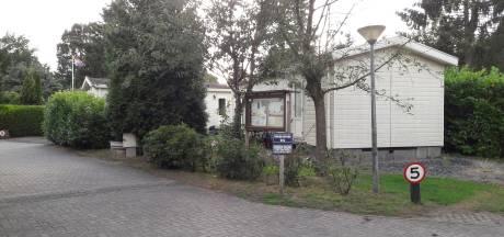 Onderzoek: 6000 tot 9000 mensen wonen permanent op een Veluws vakantiepark