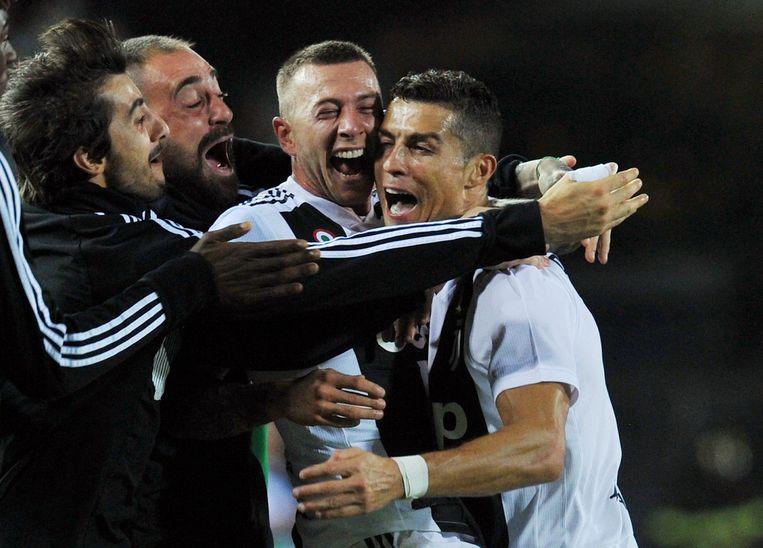 Cristiano Ronaldo doet bij Juventus gewoon wat hij ook bij Real deed: goals scoren.