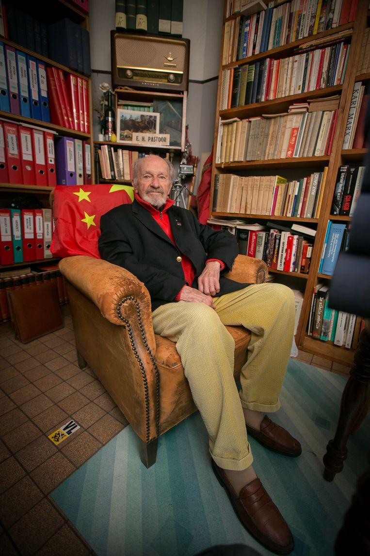 """""""Ik ben nu 100 jaar, maar ik voel me absoluut niet te oud om nog mee te doen aan de verkiezingen"""", vertelt De Vries."""