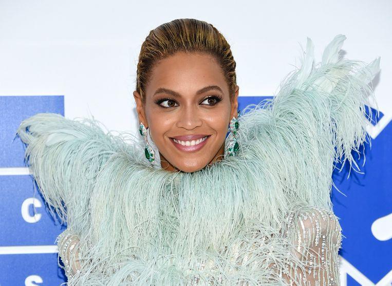 Beyoncé doet haar kerstinkopen ook gewoon in de goedkope winkels.