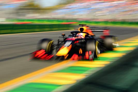 Max Verstappen in zijn RB15.