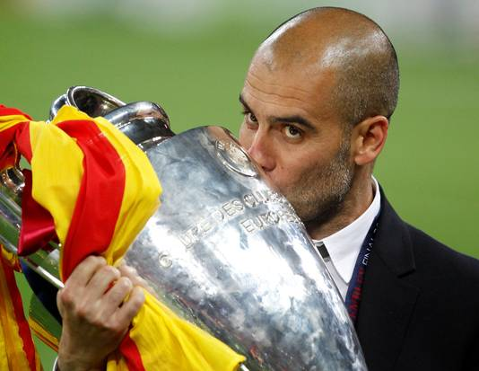 Guardiola met de Champions League beker in 2011.