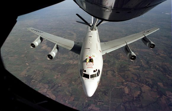 Het vliegtuig haalt monsters uit de atmosfeer waarmee nucleaire explosies kunnen worden gedetecteerd. De vlucht van vandaag is De vlucht van vandaag is bedoeld om uit te zoeken of het regime in Pyongyang een nieuwe kernproef heeft laten uitvoeren.