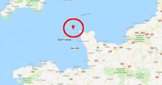 De plek waar het vliegtuigje van de radar verdween, 27 kilometer ten noorden van het Britse eiland Guernsey.