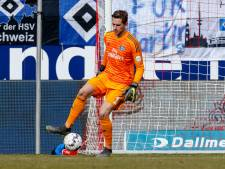 Keeper HSV geblesseerd na schot reservekeeper