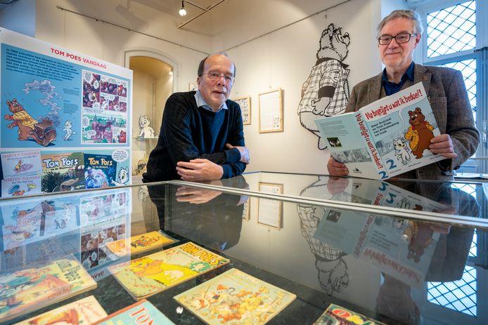 Paul Verhaak en Jack Didden (rechts) bij de exposities over Olivier B. Bommel.