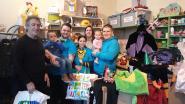 Werkgroep Carnaval haalt voor tweede jaar op rij carnavalskledij op voor kansarme gezinnen