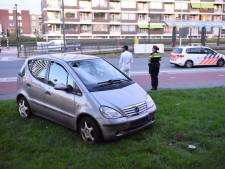 Fietser gewond na aanrijding met auto op Beneluxlaan