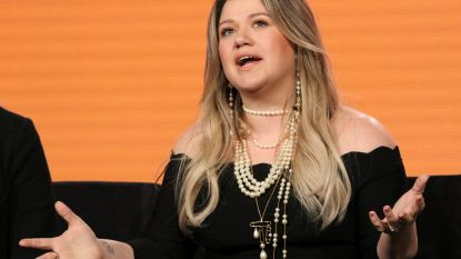 "Kelly Clarkson onder vuur na ""racistische opmerking"" in 'The Voice'"
