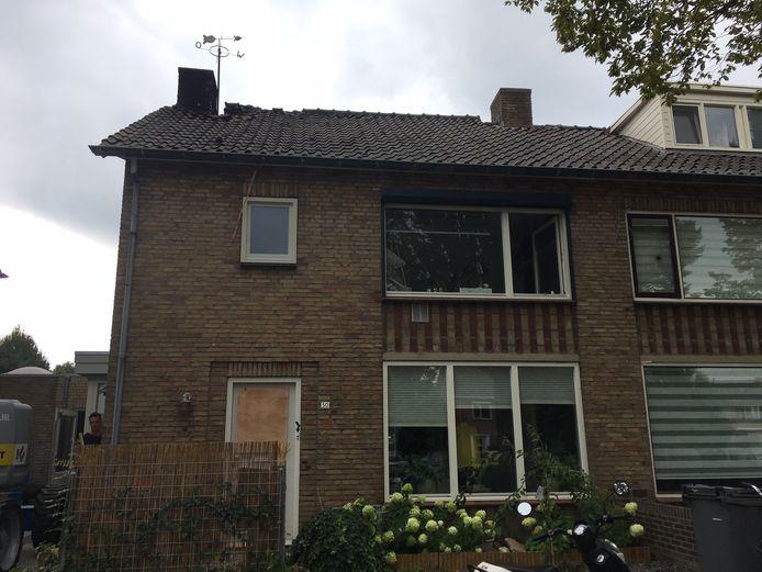 Schade aan de woning van de familie Ceelen waar vannacht brand woedde in Oss.