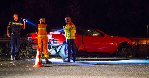 Geen gewonden, maar veel schade bij ongeval op A50 bij Veghel.