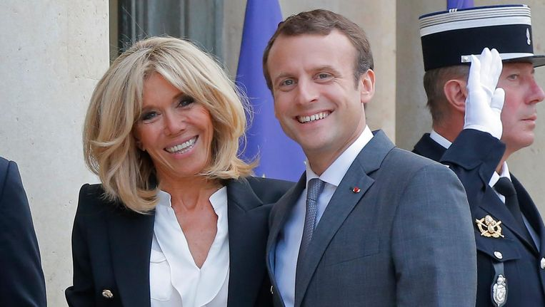 Afbeeldingsresultaat voor Macron en echtgenote
