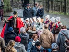 Bewoners Bergkwartier schitteren op Dickens Festijn