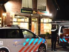 Overval op snackbar in Zetten, volgens omstanders met vuurwapen