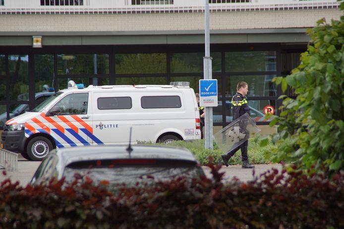 De hulpdiensten bij 't Anker in Harreveld.