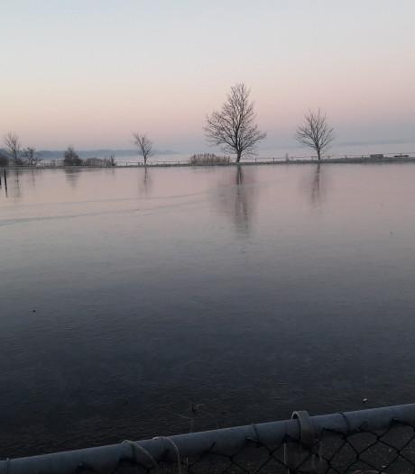 Nog geen 8 cm ijs in Harderwijk en Ermelo...