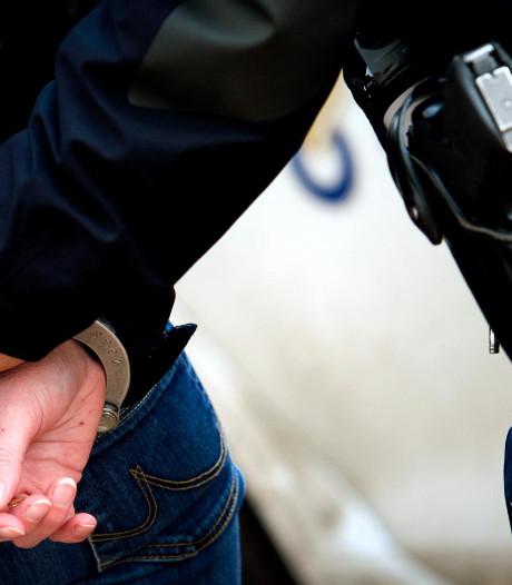Agent aangehouden voor doorspelen informatie uit politiesystemen