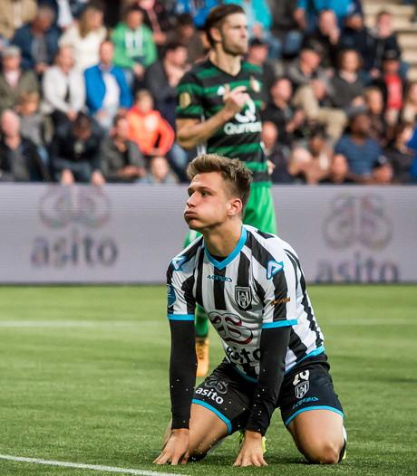Niemeijer op de bank bij duel Heracles - Roda JC