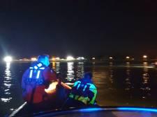 Zoektocht naar verdwenen zwemster levert niets op, persoonlijke spullen op de kant
