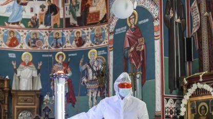 """""""Kerk is geen restaurant"""": dispuut in Roemenië over delen van lepel tijdens de communie"""