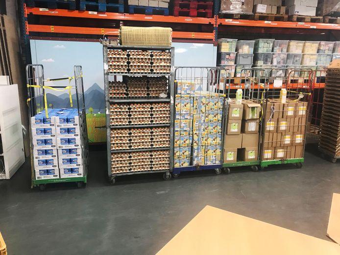 De Voedselbank Eindhoven heeft de afgelopen weken diverse donaties gekregen, onder meer van PSV-supporters. Van het geld werd voedsel aangekocht.