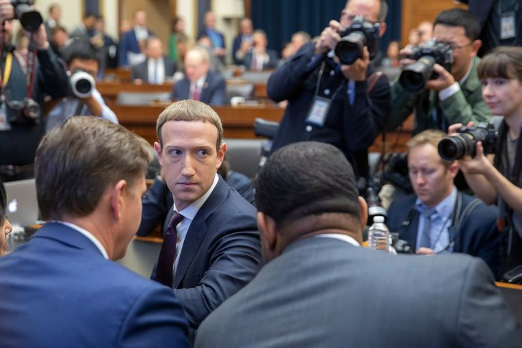 Mark Zuckerberg van Facebook lichtte in oktober het plan voor de Libra toe aan het Amerikaanse Congres.  Beeld ANP