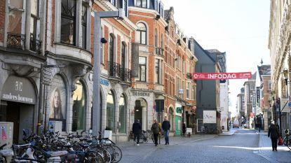 """Zijn die slimme palen in Leuven wel echt slim? Debyser (N-VA): """"Metingen al na 4 maanden stopgezet!"""" Burgemeester Ridouani countert: """"Net 500.000 euro subsidie gekregen dankzij testfase"""""""