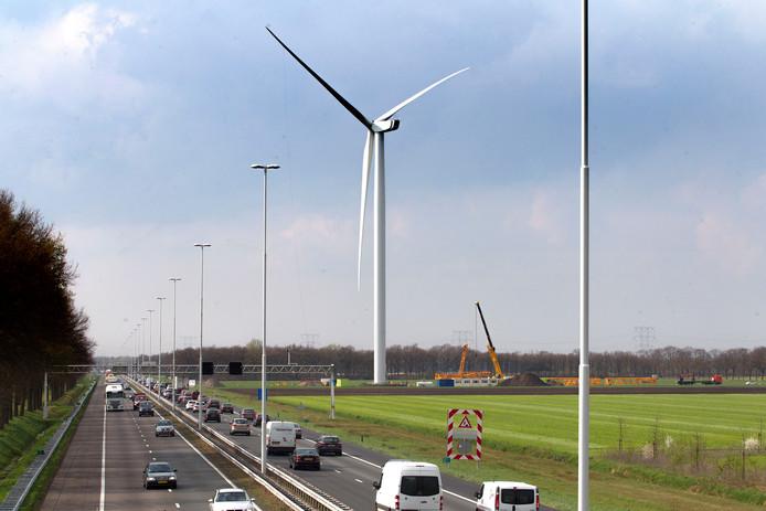 De windturbines langs de A58 op de gemeentegrens van Oirschot en Oisterwijk.