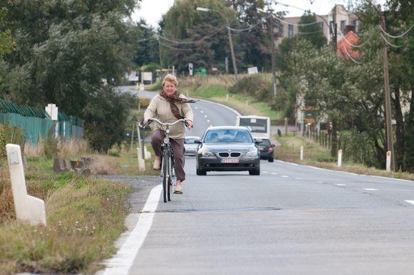 Na de vernieuwing zal de Ronsesestraat over fietspaden fietspaden beschikken.