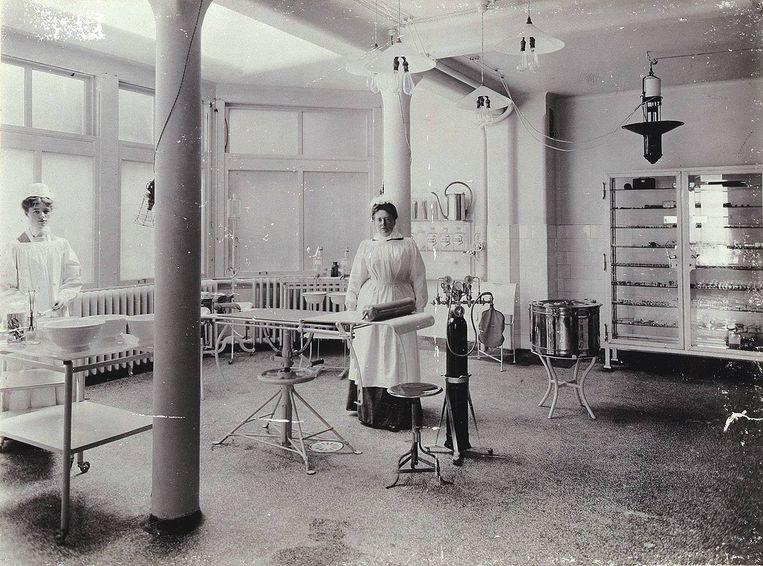 De operatiekamer van het ziekenhuis. Beeld Het Parool