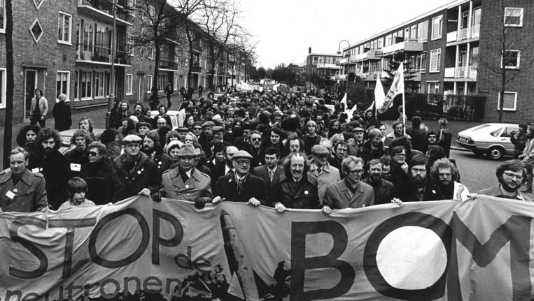 Ook de koude oorlog had zijn nuances trouw for Demonstratie amsterdam