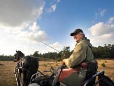 Commissaris van de Koning John Berends uit ziekenhuis na val van paard