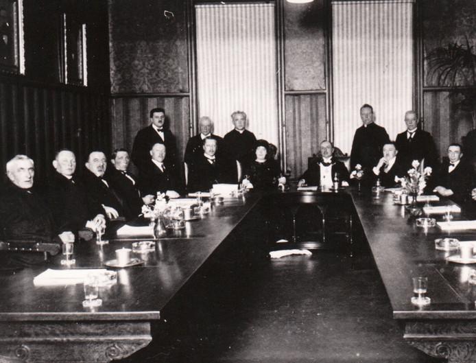 De gemeenteraad van Geldrop (1921).