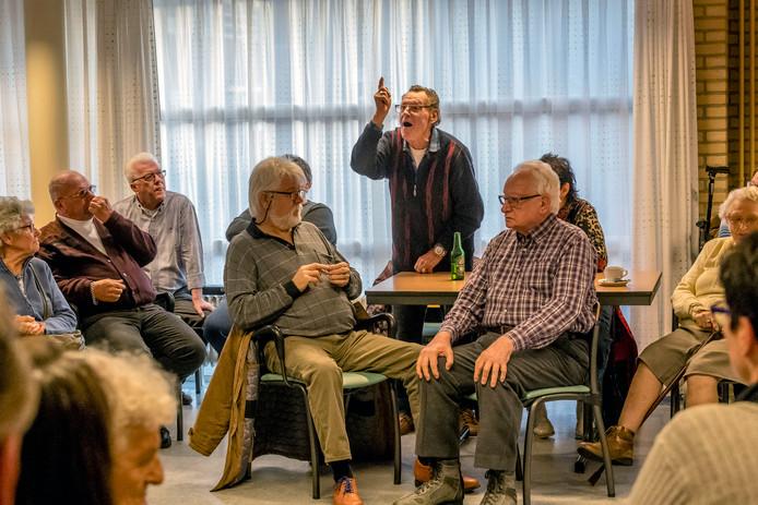 Naar aanleiding van incidenten in december 2017 belegde de gemeente in januari een bijeenkomst waarbij bewoners stoom konden afblazen.