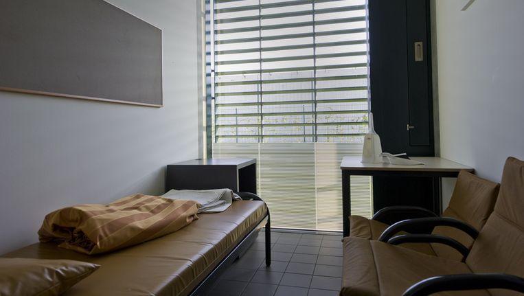 Een cel op de afdeling verslavingen in het forensisch psychiatrisch centrum Oostvaarderskliniek in Almere. Beeld anp
