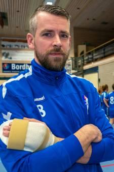 Luguber snij-ongeluk met stanleymes kost handballer Mike Busser rest van het seizoen