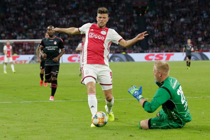 Klaas-Jan Huntelaar kende met twee goals een voortreffelijke invalbeurt.