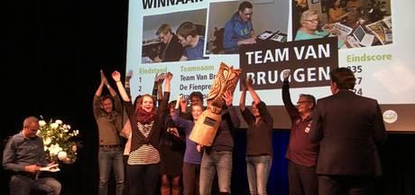 Holtense Kwis gewonnen door familieteam Van Bruggen