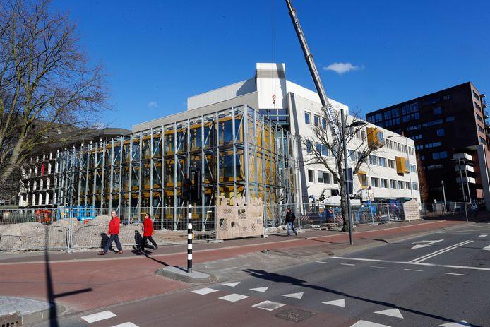 Flexwoningen in het voormalige kantoor van Woonbedrijf aan de Willemstraat in Eindhoven.