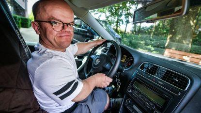 """Acteur Chris Willemsen riskeert in een rolstoel te belanden: """"Ik begin te vrezen voor een eenzame oude dag"""""""