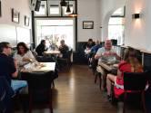 Spaans, Japans of Frans: het staat allemaal op de menukaart bij brasserie Puur in Steenbergen