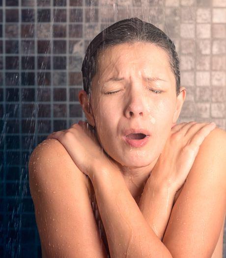 IJskoude douche als ochtendritueel: hoe gezond is dat?