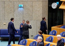Minister Bruno Bruins voor Medische Zorg (VVD) verlaat de kamer nadat hij onwel werd tijdens een debat over de ontwikkelingen rondom het coronavirus in de Tweede Kamer.